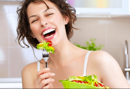 Happy eating Salads | Top 5 Fat Loss Dieting Mistakes